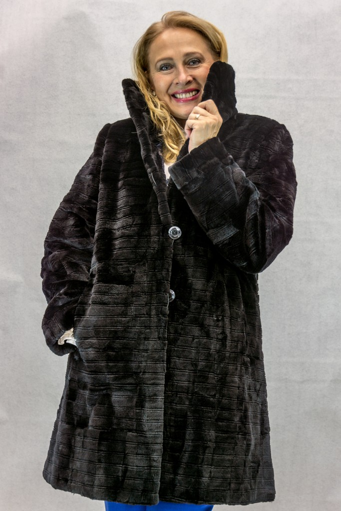 W46 black sheared mink sections 36 coat with horizontal grooved detail reverses to blue brocade taffeta silk4