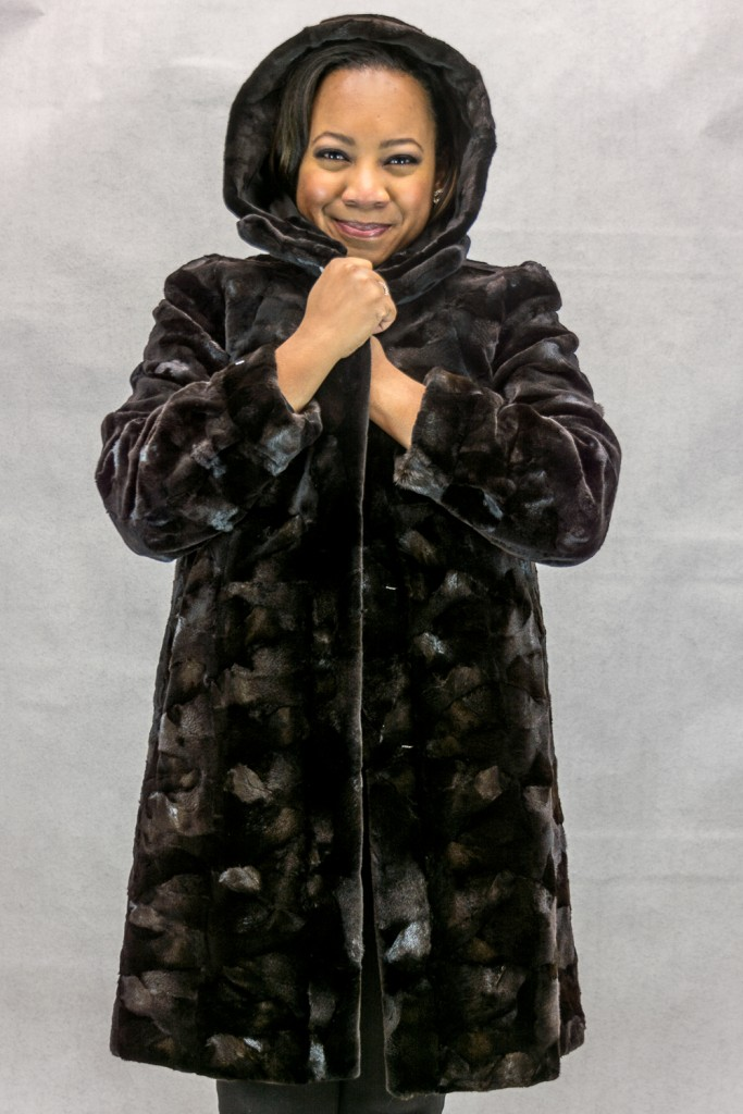 W53 brown sheared mink sections 36 with natural lunaraine mink trim with detachable hood reverses to brown taffeta silk4