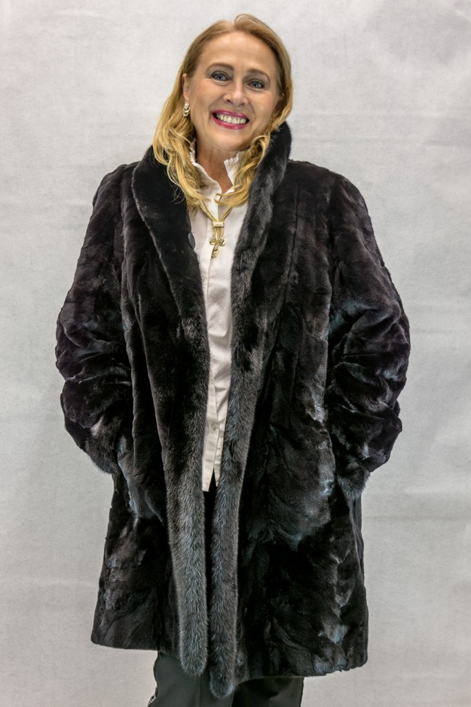 W54 dark ranch sheared mink sections 36 with dark ranch mink tuxedo trim reverses to brown taffeta silk4