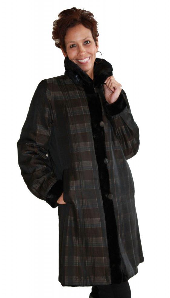 Black Sheared Oval Mink 36 Sections Coat with Detachable Mink Hood Reverses to Plaid Taffeta Silk4 1 e1490211703955