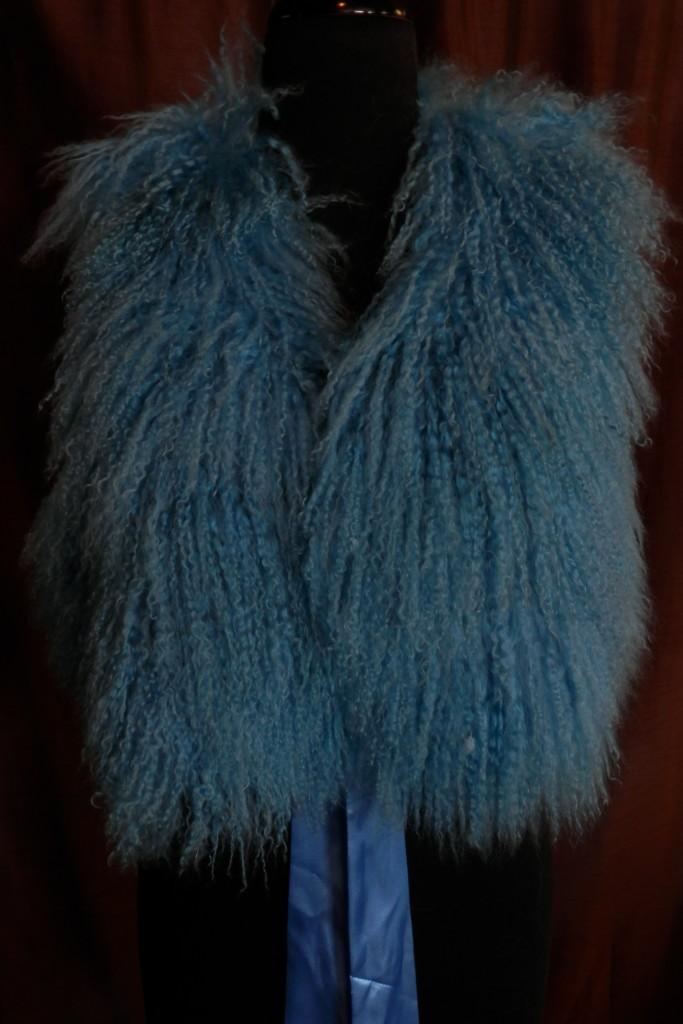 blue tibet vest2