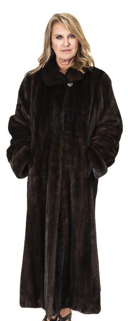 73 2 Mink Ugent Furs