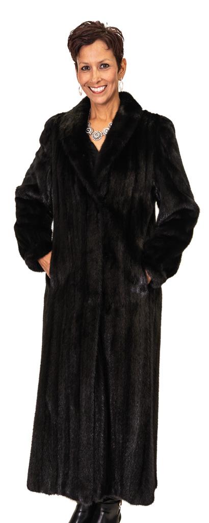 83 2 Ranch Mink Ugent Furs