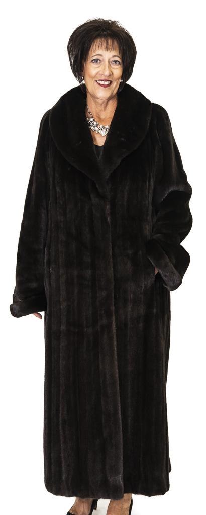 72 2 Blackglama Mink Ugent Furs