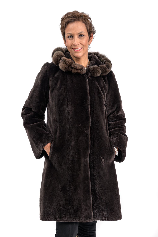 W33 2 Sheared Beaver Fur Coat with Chinchilla Trim